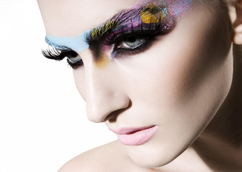 Make up Artist   Ψιμυθιολόγος  66a1c46b850